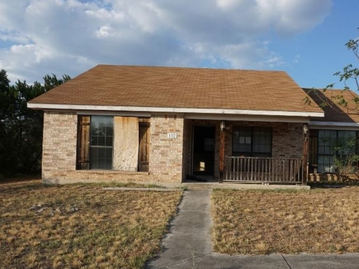 Property in Camp Wood - TX