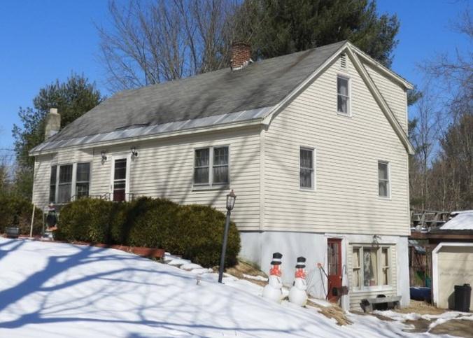 Property in Deerfield - NH